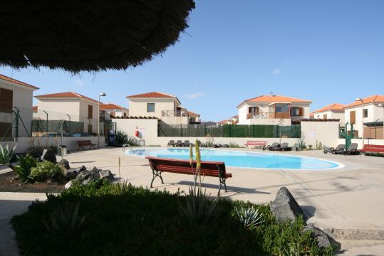 Casa en Corralejo, la oliva para  4 •   con terraza
