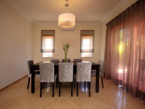 maison lisbonne louer pour 6 personnes location n 56157. Black Bedroom Furniture Sets. Home Design Ideas