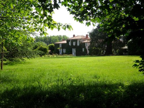 Maison saint philbert de grand lieu louer pour 9 for Piscine saint philbert de grand lieu