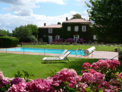 Maison Saint Philbert De Grand Lieu - 9 personnes - location vacances  n°56623