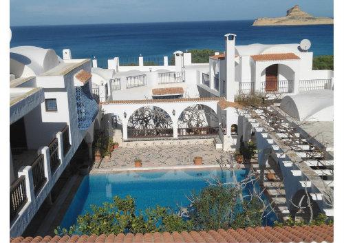 Maison à Raf raf plage pour  6 •   vue sur mer