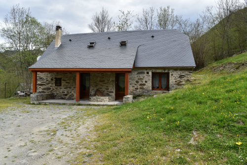 Casa en Estaing para  10 •   parking privado