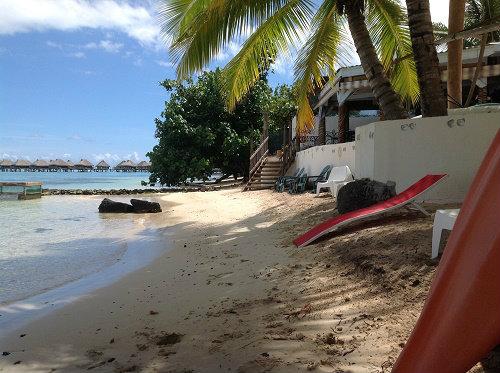 Gite à Moorea pour  5 •   vue sur mer