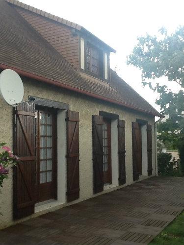 Maison à Ouistreham pour  8 •   avec terrasse   n°57100