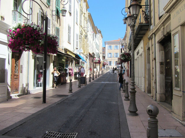 Flat in antibes - Vacation, holiday rental ad # 57209 Picture #13