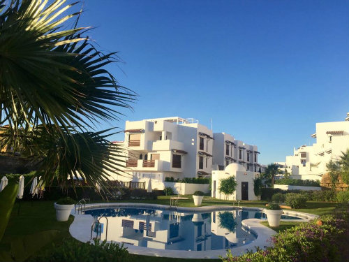 Flat in Marbella-estepona for   6 •   with shared pool   #57310