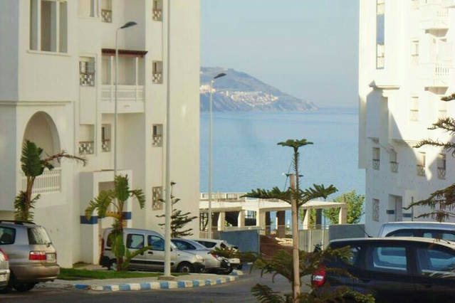 Appartement in Fnideq voor  6 •   met terras