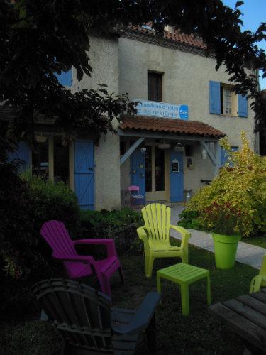 Maison à Lalinde pour  1 •   jardin   n°57719