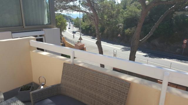 Appartement Le Dramont - 4 personen - Vakantiewoning  no 57769