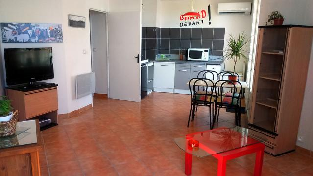 Flat in clermont l'hérault - Vacation, holiday rental ad # 57819 Picture #0