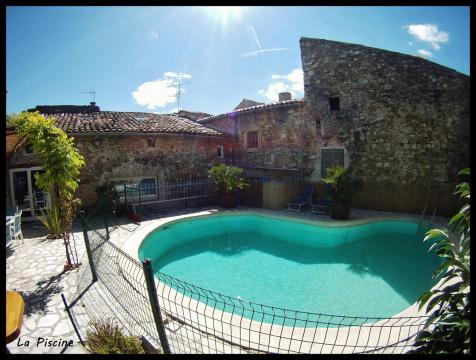 Maison St Marcel D'ardèche - 9 personnes - location vacances  n°57906