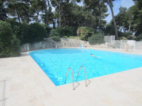 Appartement à La seyne sur mer pour  5 •   parking privé   n°58032
