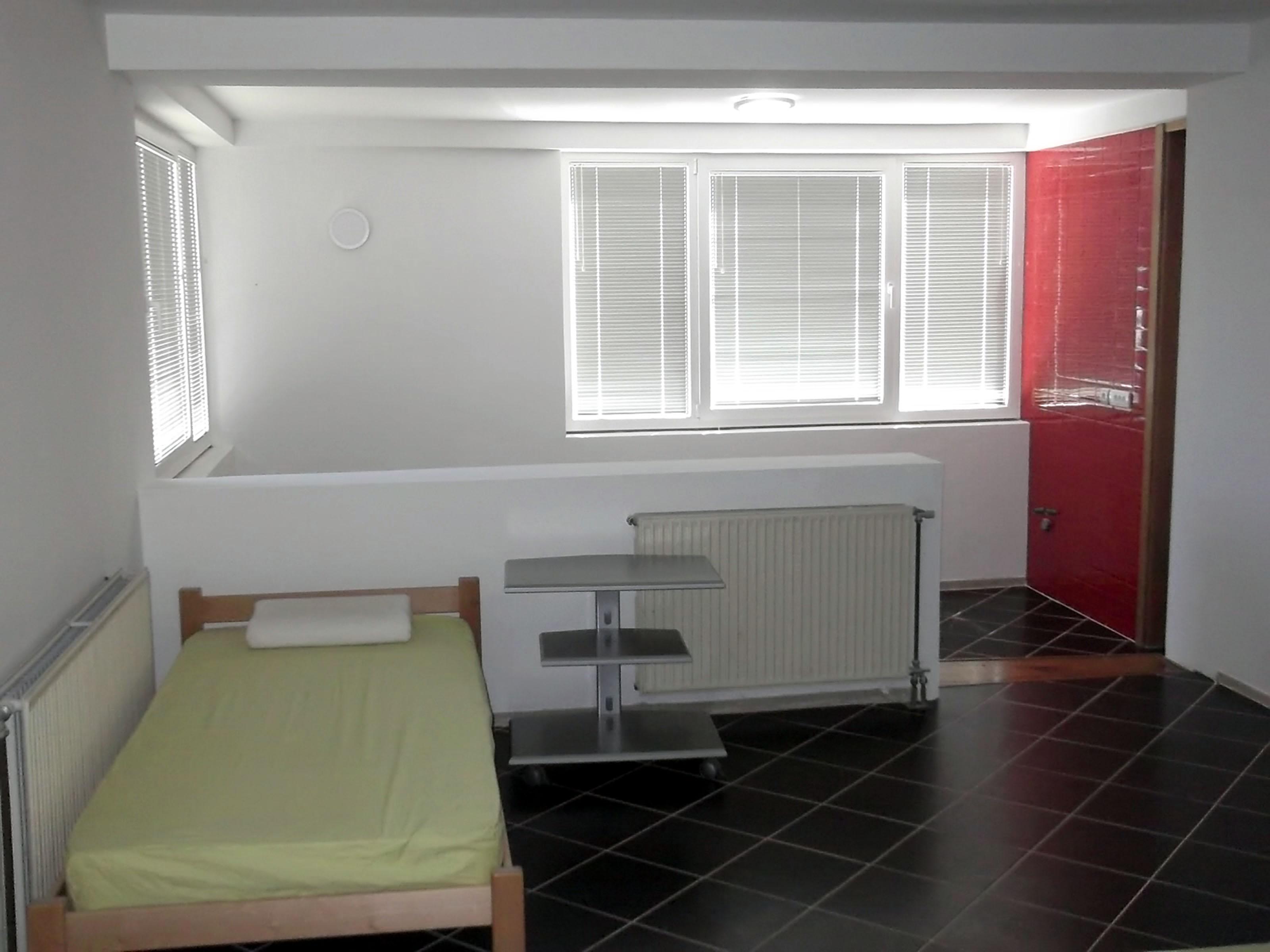 Maison Uzice - 20 personnes - location vacances  n°58103