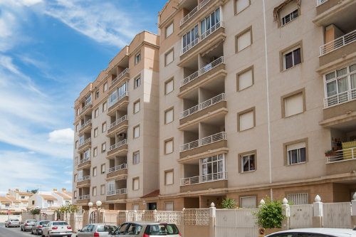 Flat in Torrevieja for   6 •   view on sea