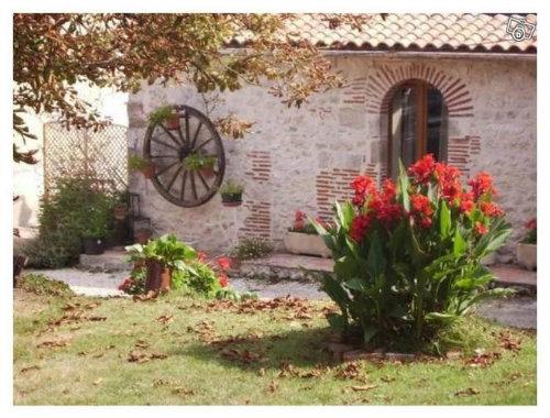 Gite Villeneuve Sur Lot - 4 people - holiday home  #58425