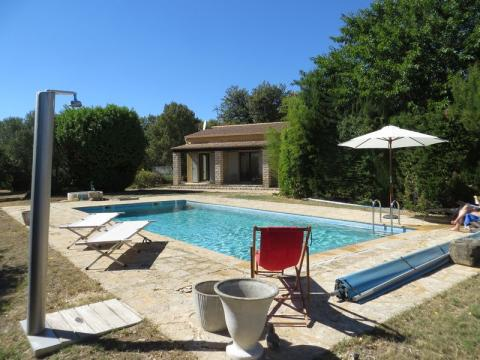 House in Uzès for rent for  6 people - rental ad #59043