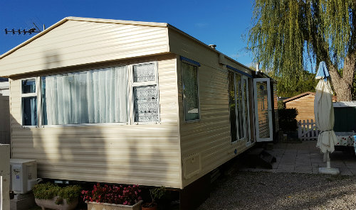 Mobile home in Argelès sur mer for   4 •   with shared pool