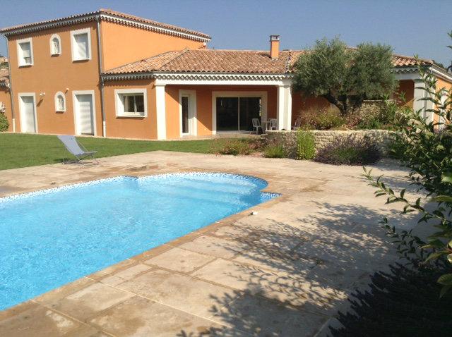 Maison Pernes Les Fontaines - 8 personnes - location vacances  n°59456