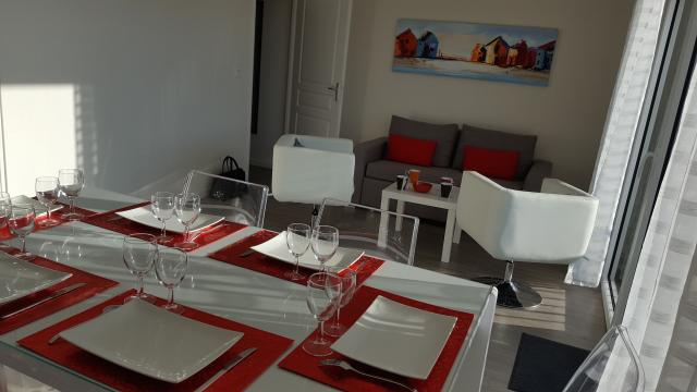 Flat in CONCARNEAU - Vacation, holiday rental ad # 59609 Picture #0