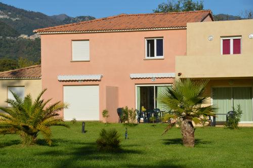 Huis in Santa maria poggio voor  4 •   3 sterren