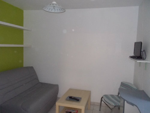 Studio in Avignon - Vacation, holiday rental ad # 60089 Picture #3