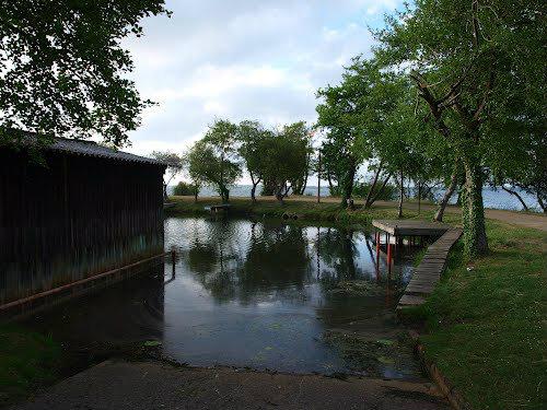 Gastes -    vue sur lac