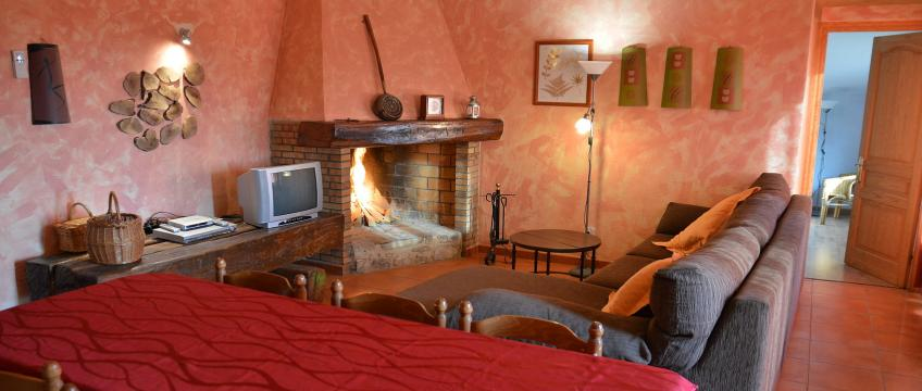 Gite à Tortellà pour  4 •   2 chambres