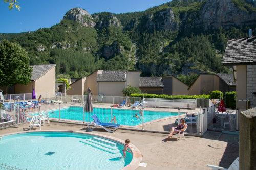 Gite Quezac - 6 personnes - location vacances  n°60315