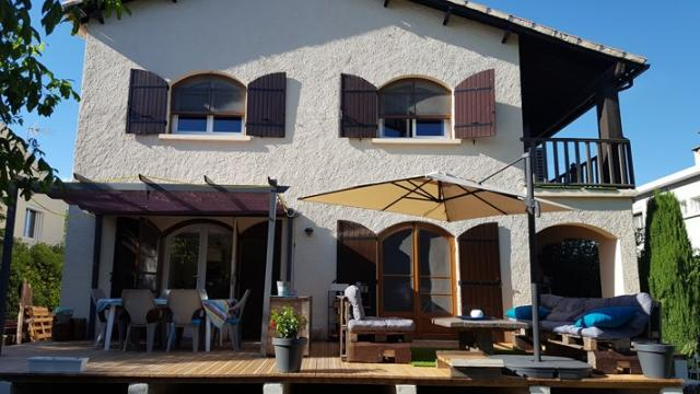 House in Arles - Vacation, holiday rental ad # 60515 Picture #1