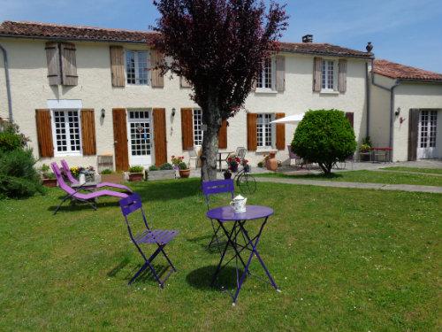 Chambre d'hôtes Sigogne  - location vacances  n°60577