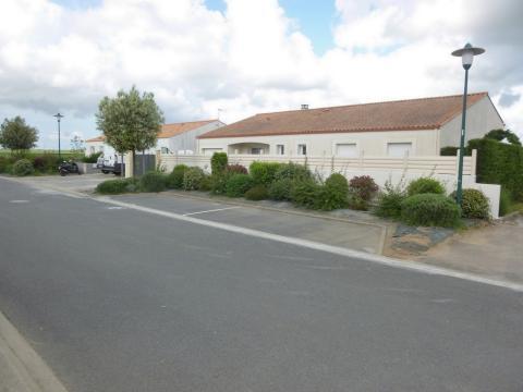 Maison à Angles pour  9 •   avec piscine privée   n°60624