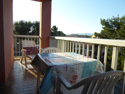 Flat in SAINT MANDRIER - Vacation, holiday rental ad # 60654 Picture #1