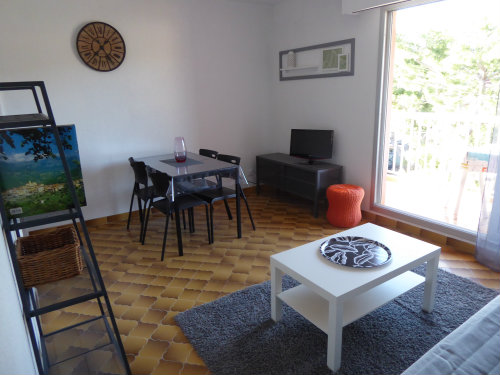 Flat in SAINT MANDRIER - Vacation, holiday rental ad # 60654 Picture #2