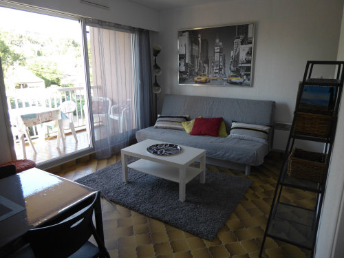 Flat in SAINT MANDRIER - Vacation, holiday rental ad # 60654 Picture #4