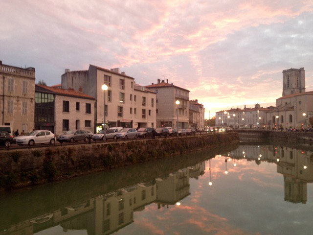Flat in La Rochelle - Vacation, holiday rental ad # 60673 Picture #0