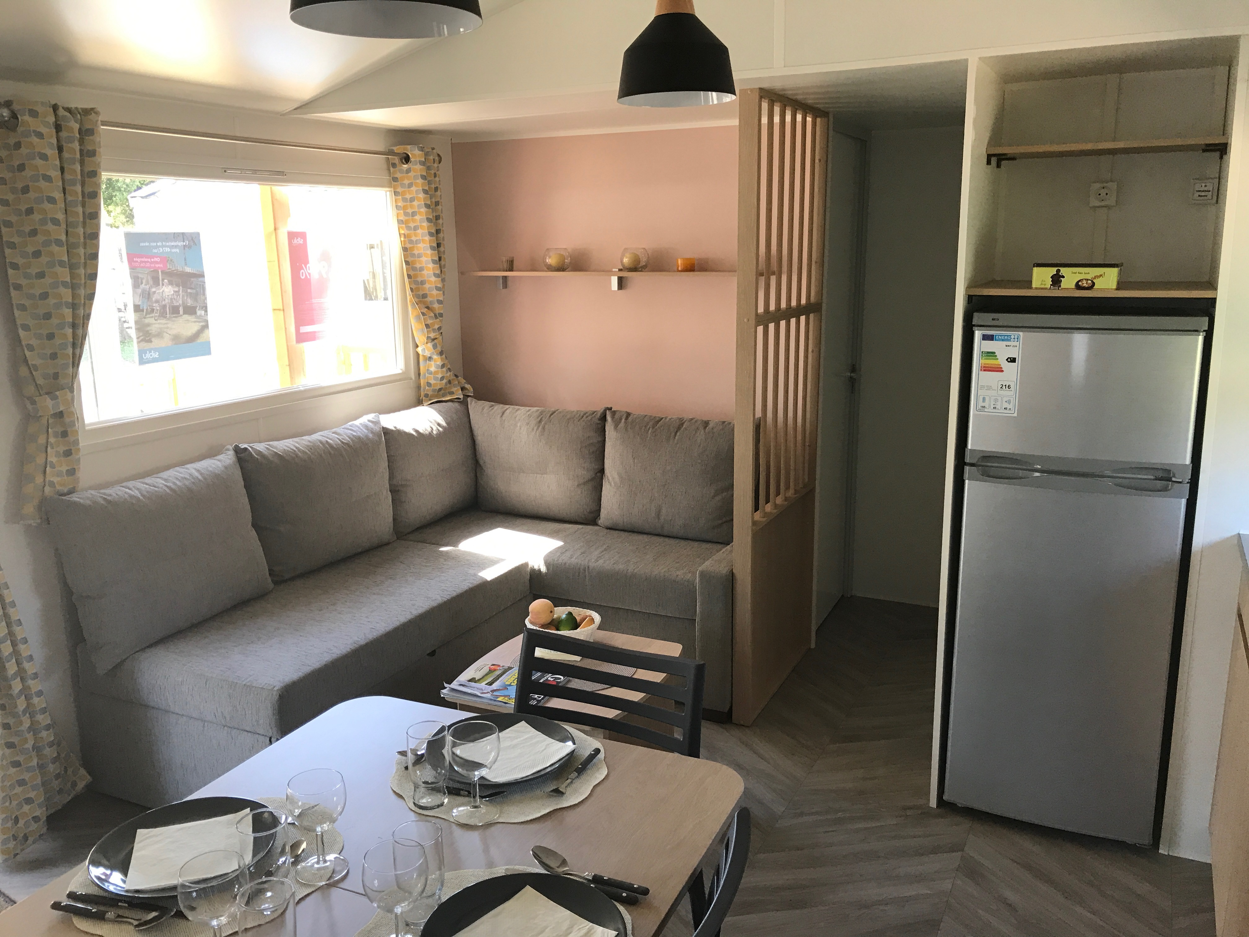 Mobil-home 6 personnes  - location vacances  n°60678