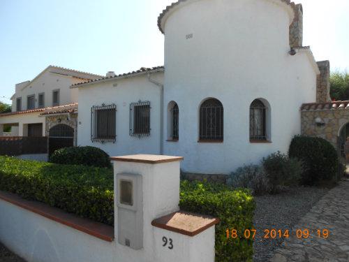 Maison à Empuriabrava pour  6 •   avec terrasse