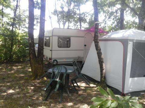 Caravane Minzac - 3 personnes - location vacances  n°60989