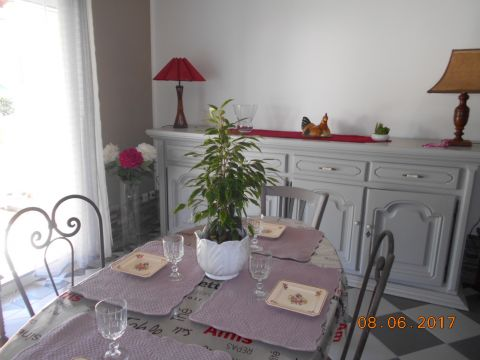 House in Modène for rent for  4 people - rental ad #61072