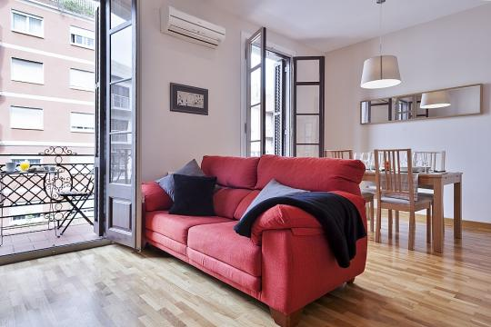 Casa en Barcelona para  3 •   con balcón