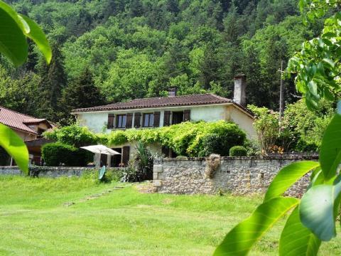 Maison St Leon Sur Vezere - 6 personnes - location vacances  n°61313