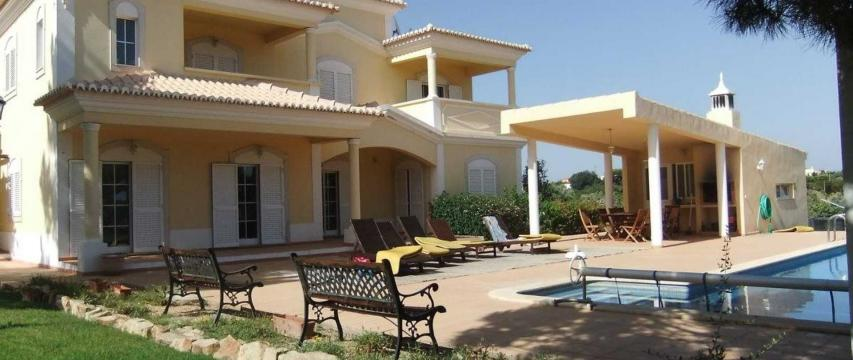 House in Albufeira - Vacation, holiday rental ad # 61440 Picture #2