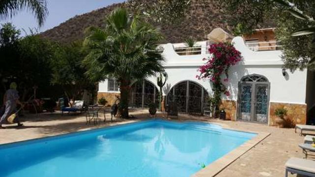 Villa piscine privée  - Magnifique propriete de charme Jardin entre mo...