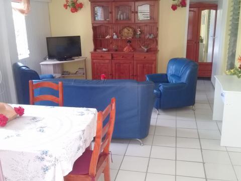 Appartement à Marin pour  4 •   parking privé   n°61638