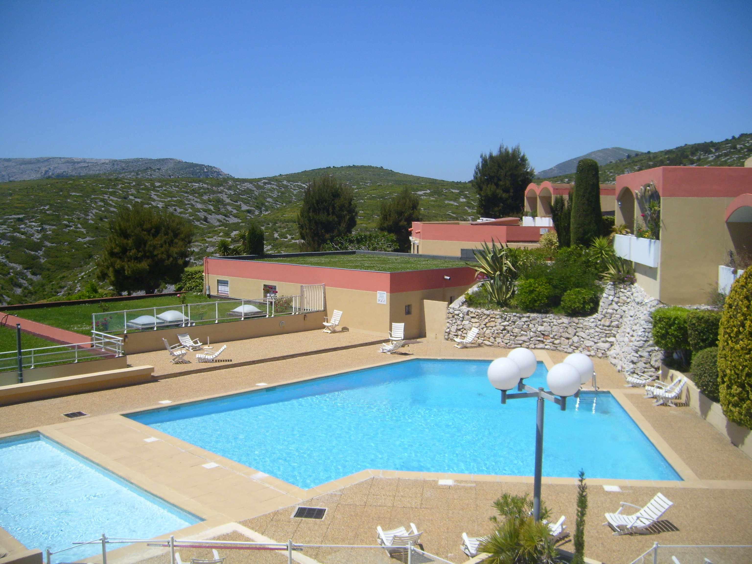 Flat Cassis - 3 people - holiday home  #61650