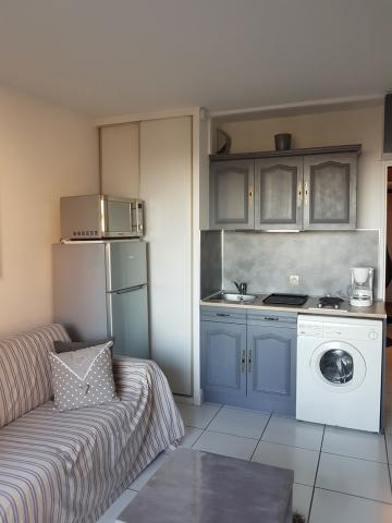 Flat in SAINT CYPRIEN - Vacation, holiday rental ad # 61761 Picture #3