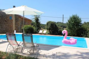 Gite in Blanquefort-sur-briolance for   6 •   with private pool   #61211