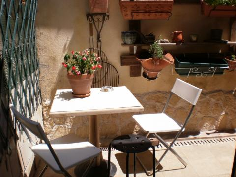 House in Marseille - Vacation, holiday rental ad # 62087 Picture #1