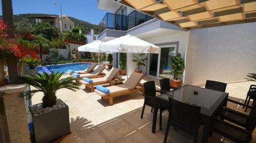 à Antalya pour  6 •   3 chambres