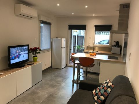 Studio in Sète - Vacation, holiday rental ad # 62349 Picture #3